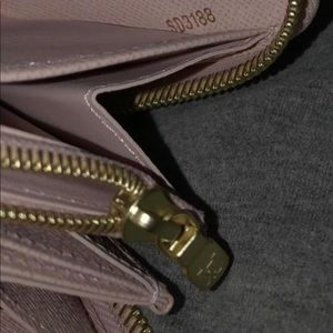 Louis Vuitton Bags - Louis Vuitton Rose Balletine Damier Azur Zippy